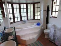 Bathroom 1 - 11 square meters of property in Northcliff