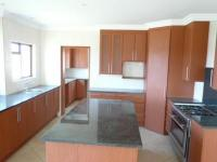 Kitchen - 18 square meters of property in Stone Ridge Country Estate