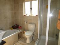 Bathroom 1 - 6 square meters of property in Vanderbijlpark
