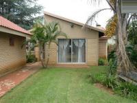 4 Bedroom 2 Bathroom in Pretoria North