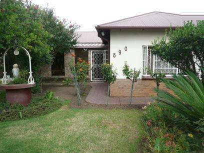 2 Bedroom House For Sale in Booysens - Home Sell - MR19317