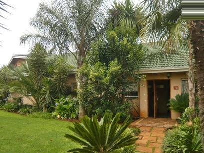 4 Bedroom House for Sale For Sale in Kempton Park - Home Sell - MR19318