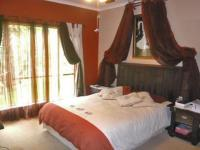 Main Bedroom - 29 square meters of property in Kempton Park