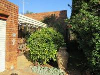 2 Bedroom 2 Bathroom House for Sale for sale in Clubview