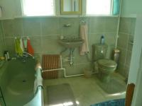 Bathroom 1 - 2 square meters of property in Brakpan