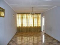 Lounges - 7 square meters of property in Germiston