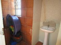 Bathroom 1 - 4 square meters of property in Sharon Park