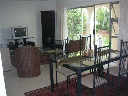 2 Bedroom Apartment to Rent To Rent in Bryanston - Private Rental - MR19354