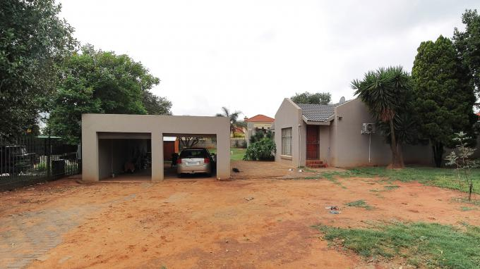 Standard Bank EasySell Cluster for Sale in Centurion Central (Verwoerdburg Stad) - MR193719