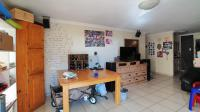 Lounges - 28 square meters of property in Centurion Central (Verwoerdburg Stad)