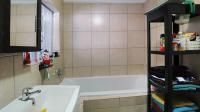 Bathroom 1 - 7 square meters of property in Centurion Central (Verwoerdburg Stad)