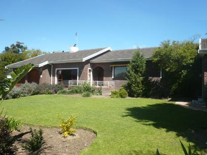 4 Bedroom Cluster for Sale For Sale in Durbanville   - Home Sell - MR19407