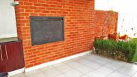 Patio - 19 square meters of property in Greenstone Hill