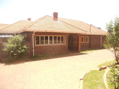 Standard Bank Repossessed 4 Bedroom House for Sale For Sale in Bedfordview - MR19481