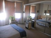 Main Bedroom - 25 square meters of property in Melville