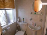 Bathroom 2 - 2 square meters of property in Melville