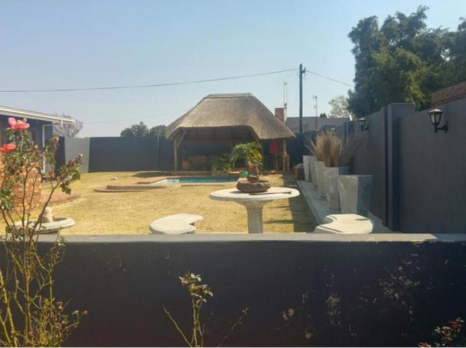3 Bedroom House for Sale For Sale in Elandshaven - MR196641