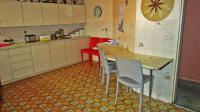 Kitchen - 25 square meters of property in Selcourt