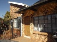 2 Bedroom 1 Bathroom House for Sale for sale in Sinoville