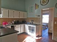 Kitchen - 24 square meters of property in Vaalpark