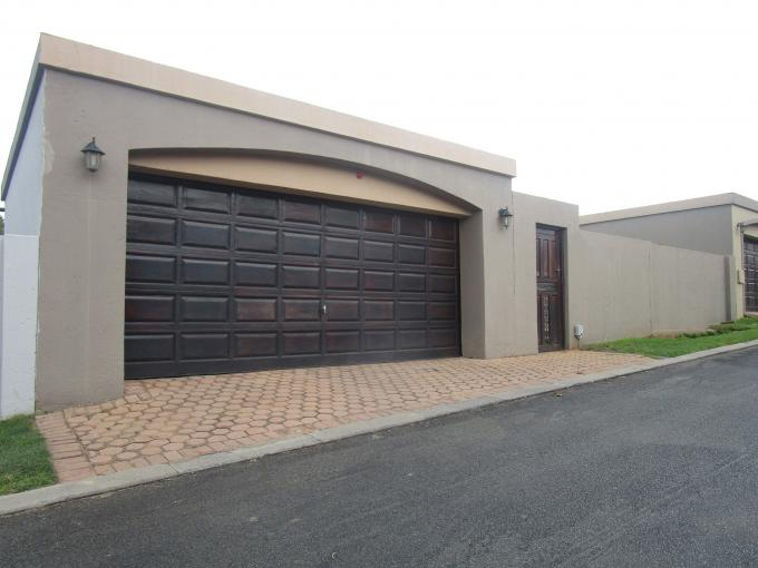Standard Bank EasySell 3 Bedroom House for Sale in Sharonlea - MR199790