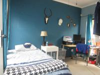 Bed Room 2 - 13 square meters of property in Sharonlea