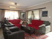 Lounges - 23 square meters of property in Sharonlea