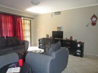 Lounges - 22 square meters of property in Riversdale