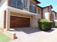 3 Bedroom 3 Bathroom House to Rent for sale in The Wilds Estate