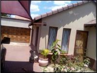 2 Bedroom 1 Bathroom House for Sale for sale in Lotus Gardens