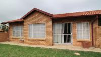 2 Bedroom 1 Bathroom Simplex for Sale for sale in Equestria