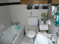Main Bathroom - 5 square meters of property in Die Wilgers