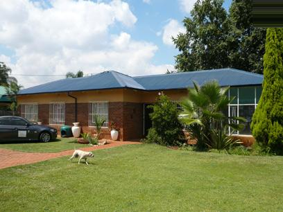 3 Bedroom House for Sale For Sale in Waverley - Private Sale - MR20203