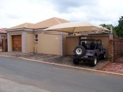 3 Bedroom House For Sale in Magalieskruin - Home Sell - MR20206