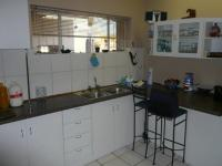 Kitchen - 29 square meters of property in Montana Park