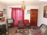 Lounges - 15 square meters of property in Milnerton