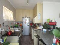 Kitchen - 25 square meters of property in Evans Park
