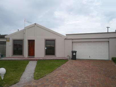 3 Bedroom House for Sale For Sale in Muizenberg   - Home Sell - MR20367