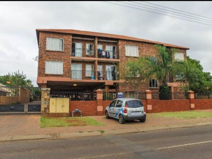 2 Bedroom Apartment for Sale For Sale in Daspoort - MR203748