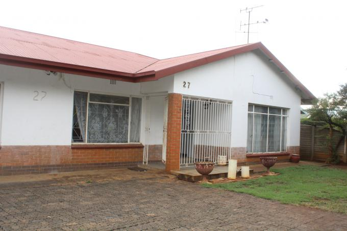 4 Bedroom House for Sale For Sale in Vereeniging - Private Sale - MR203800