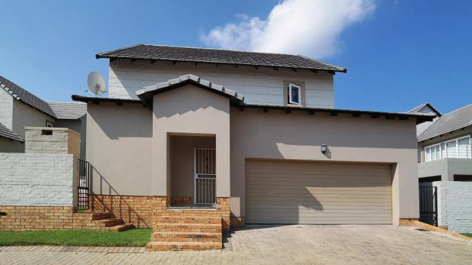 3 Bedroom Sectional Title for Sale For Sale in Kyalami Hills - Private Sale - MR204223
