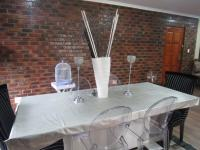 Dining Room - 108 square meters of property in Three Rivers