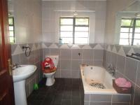 Bathroom 1 - 32 square meters of property in Three Rivers