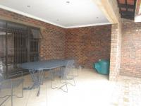 Patio - 96 square meters of property in Three Rivers