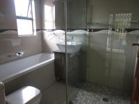 Bathroom 3+ - 20 square meters of property in Three Rivers