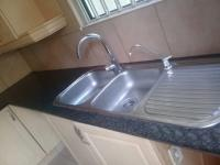 Kitchen - 22 square meters of property in Douglasdale