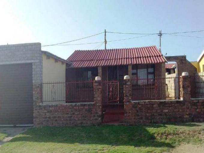 Standard Bank EasySell 2 Bedroom House for Sale in Kwa Nobuhle - MR205306