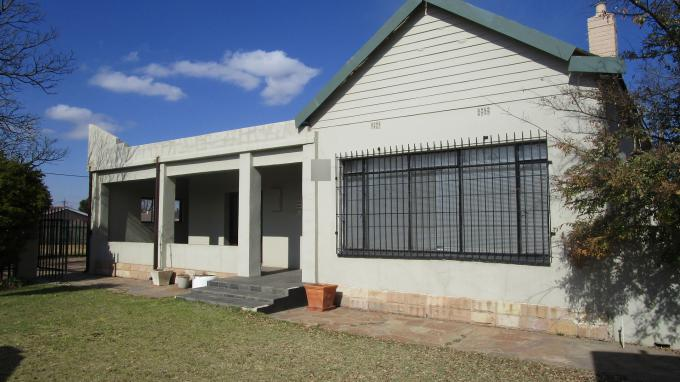 Standard Bank EasySell 3 Bedroom House for Sale in Northmead - MR205314