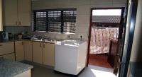 Kitchen - 13 square meters of property in Hayfields