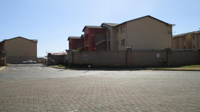 Standard Bank EasySell 2 Bedroom Sectional Title for Sale For Sale in Centurion Central (Verwoerdburg Stad) - MR205451